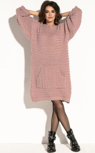 Różowa sukienka Fobya oversize w stylu casual