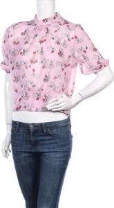 Różowa bluzka Trendyol