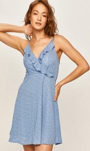 Sukienka Answear na ramiączkach mini w stylu casual