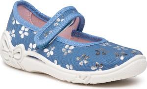 Niebieskie kapcie Superfit w kwiatki