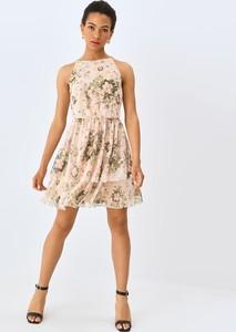 Sukienka Mohito rozkloszowana mini z okrągłym dekoltem