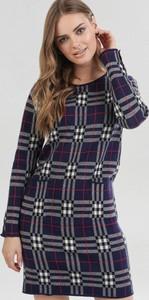 Granatowa sukienka born2be w stylu casual mini z długim rękawem