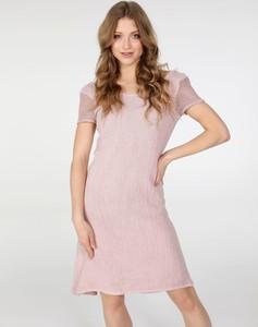 Różowa sukienka Unisono z lnu w stylu casual