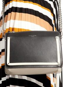 Brązowa torebka David Jones mała z aplikacjami