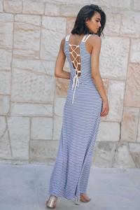 Sukienka Popatu na ramiączkach maxi