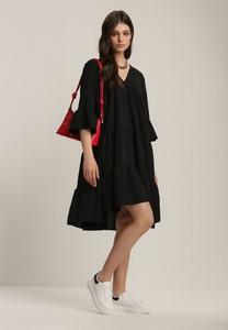 Czarna sukienka Renee z kołnierzykiem