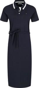 Sukienka Tommy Hilfiger prosta w stylu casual z krótkim rękawem
