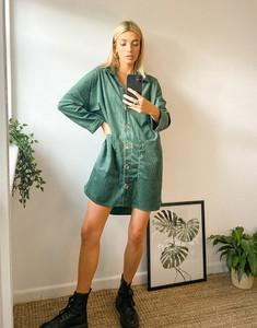 Sukienka Urban Threads z długim rękawem oversize mini