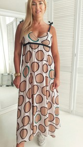 Sukienka yourboutique.pl z dekoltem w kształcie litery v maxi kopertowa