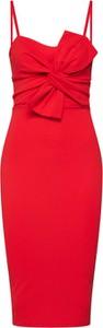 Czerwona sukienka BooHoo