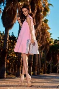 Różowa sukienka Lemoniade z okrągłym dekoltem