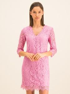 Różowa sukienka Guess z długim rękawem