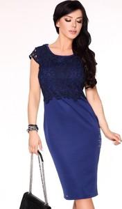 Sukienka MERRIBEL z krótkim rękawem z okrągłym dekoltem