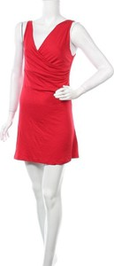 Sukienka Blaumax z dekoltem w kształcie litery v bez rękawów