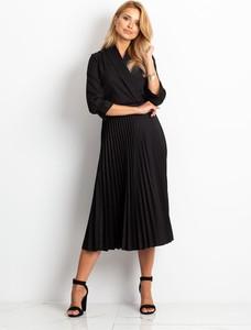 Czarna sukienka Sheandher.pl z długim rękawem maxi