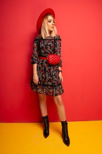 Sukienka Bastet Fashion midi w stylu glamour