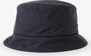 Niebieska czapka Loevenich