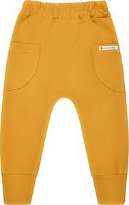 Żółte spodnie dziecięce Mammamia dla dziewczynek