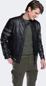 Czarna kurtka Wittchen w stylu casual