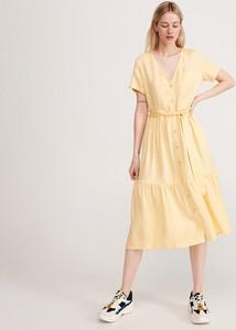 Żółta sukienka Reserved z dekoltem w kształcie litery v