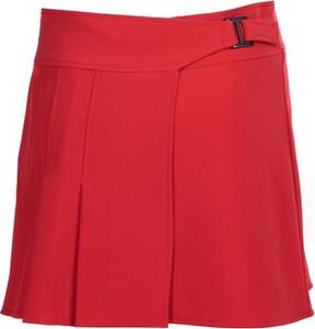 Czerwona spódnica Fokus