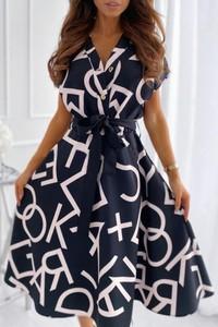 Sukienka IVET trapezowa z dekoltem w kształcie litery v