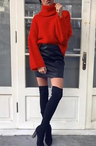 Granatowy sweter IVET.PL