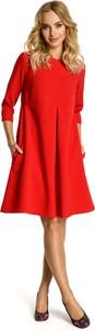 Czerwona sukienka MOE z okrągłym dekoltem midi