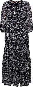 Sukienka Esprit z długim rękawem w stylu casual z dekoltem w kształcie litery v