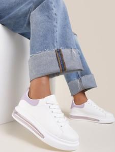 Buty sportowe Renee z płaską podeszwą sznurowane ze skóry