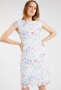 Sukienka Monnari z okrągłym dekoltem