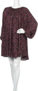 Sukienka Carin Wester z okrągłym dekoltem mini