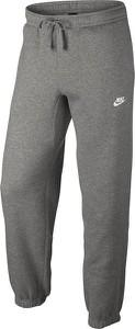 Spodnie sportowe Nike z dresówki w street stylu