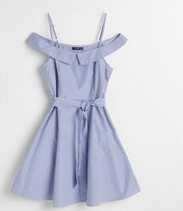 Sukienka Reserved z odkrytymi ramionami