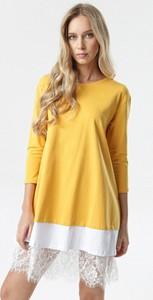 Żółta sukienka born2be mini oversize