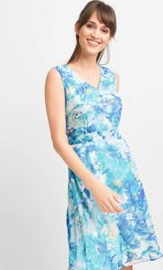 Niebieska sukienka QUIOSQUE w stylu casual z dekoltem w kształcie litery v