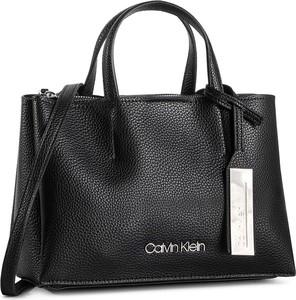4690ee7c4229a Torebki Calvin Klein, kolekcja wiosna 2019