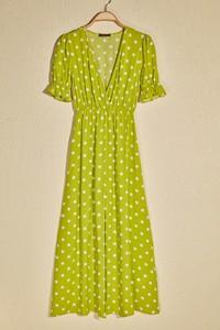 Sukienka Trendyol maxi z dekoltem w kształcie litery v z krótkim rękawem