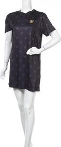 Sukienka Siksilk z krótkim rękawem prosta mini
