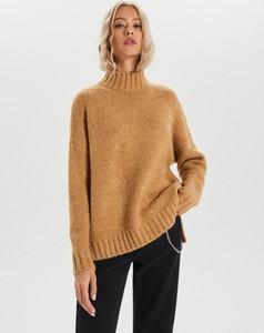 Brązowy sweter Cropp