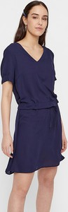 Sukienka Pieces oversize z dekoltem w kształcie litery v