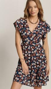 Granatowa sukienka Renee mini z krótkim rękawem z dekoltem w kształcie litery v