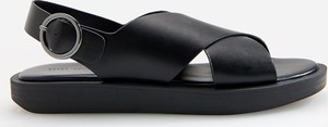 Czarne sandały Reserved