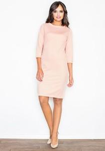 Różowa sukienka Figl z długim rękawem oversize
