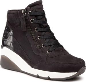 Czarne buty sportowe Gabor na koturnie sznurowane