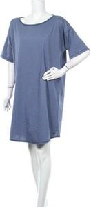 Sukienka ARIZONA z okrągłym dekoltem w stylu casual mini