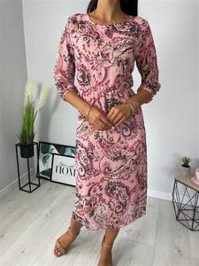 Różowa sukienka ModnaKiecka.pl midi w stylu casual