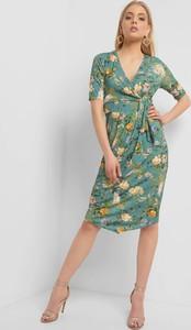 1107c75a05 Sukienka ORSAY z dekoltem w kształcie litery v kopertowa z dzianiny