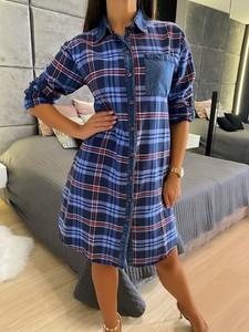 Sukienka ModnaKiecka.pl mini koszulowa w stylu casual