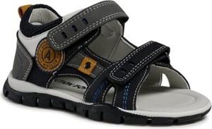 Buty dziecięce letnie Action Boy dla chłopców ze skóry na rzepy